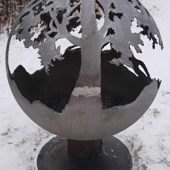 Аренда садового камина с мотивом дуба